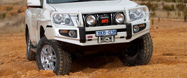Бампер передний ARB Combination для Toyota Land Cruiser Prado 150 с 2009 до 2013 года.