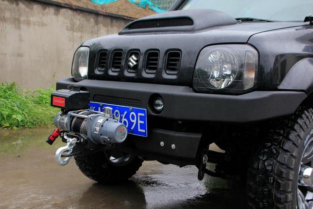 Передний силовой бампер для Suzuki Jimny.