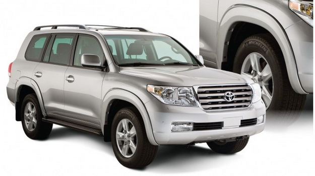 Расширители арок Toyota Land Cruiser 200
