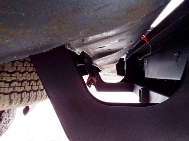 Задний силовой бампер Mitsubishi L200 с калиткой