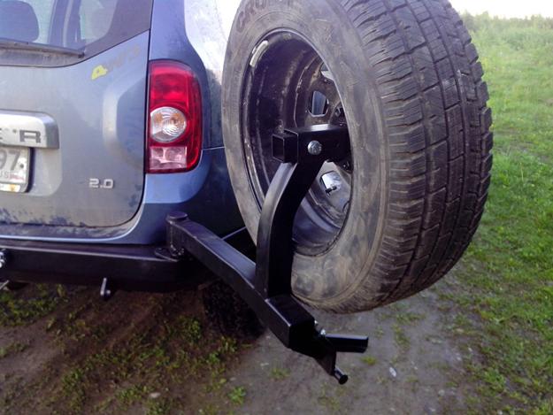 Задний силовой бампер Renault Duster