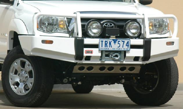 Бампер передний ARB Deluxe для Toyota Tacoma 2005 - 2009 год.