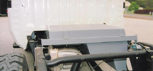 Дополнительный топливный бак 90 литров для Toyota LC 79 с 2007 года. Бензин.
