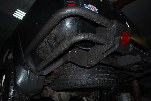 Задний силовой бамперMITSUBISHIL200 new Triton из труб