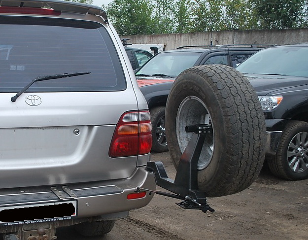 Калитка под запаску Toyota Land Cruiser 100, 105
