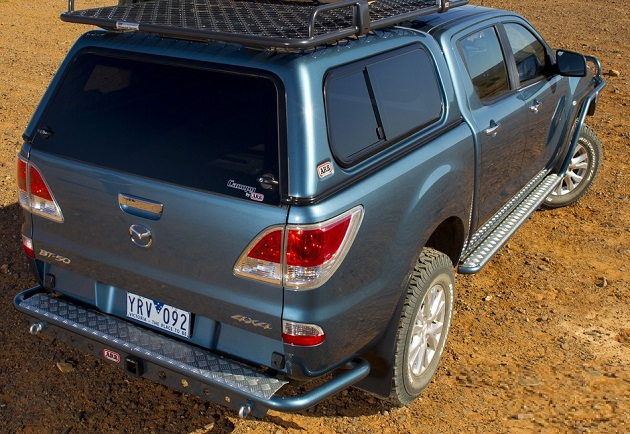 Бампер задний ARB с интегрированным фаркопом для Mazda BT-50 с 2006 года.