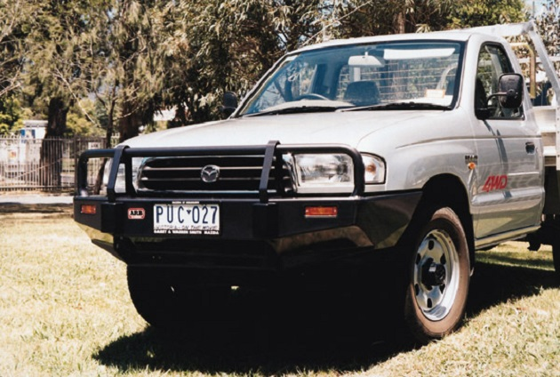 Бампер ARB: Deluxe Winch Bar Mazda B2500