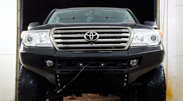 Силовой бампер передний Toyota Land Cruiser 200