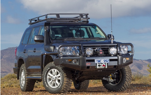Бампер передний ARB Deluxe для Land Cruiser 200