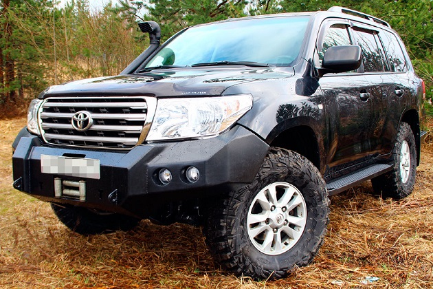 Силовой бампер передний Toyota Land Cruiser 200 (серия Д)