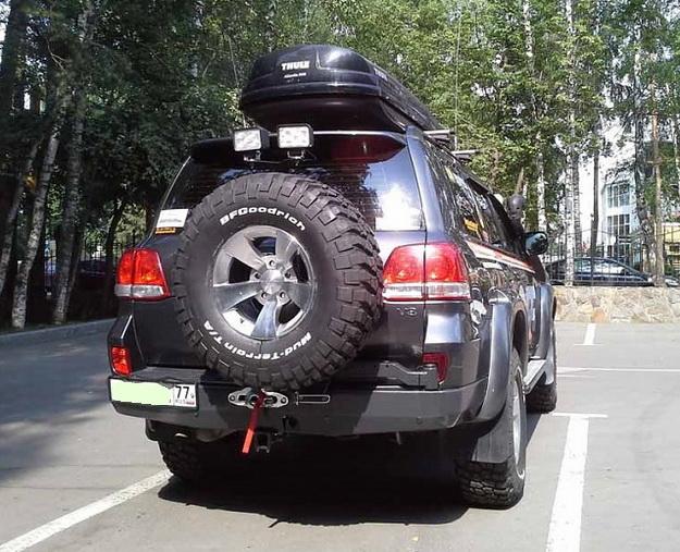 Задний бампер для Тойота Ленд Круйзер 200