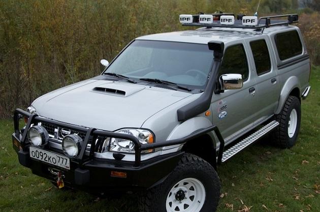 Пороги ARB с защитой крыла для Nissan NP300 с 2002 года.