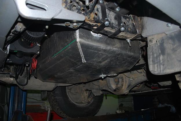 Дополнительный бакLand Cruiser 200120 литров