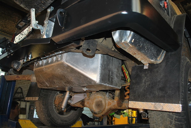 Топливная система для Mitsubishi Делика топливный бак схема