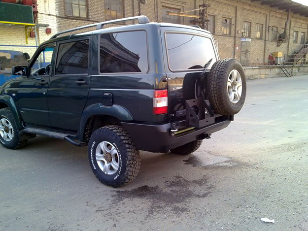 Задний силовой бампер УАЗ Патриот