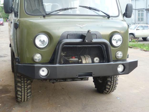 Передний силовой бампер УАЗ 452/3741 Буханка