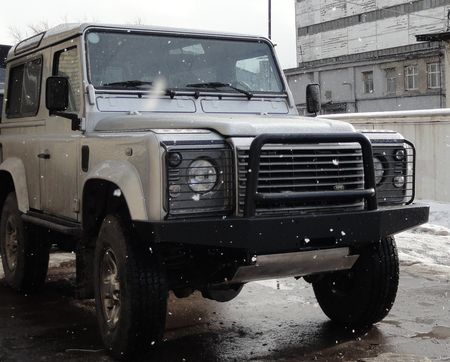 Передний силовой бампер Land Rover Defender