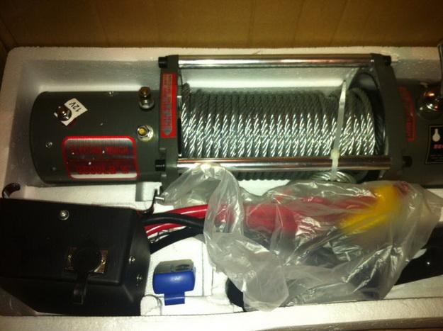 Лебедка электрическая 12V Electric Winch 12000lbs / 5443 кг с кевларовым тросом 10mm 4x4 4414