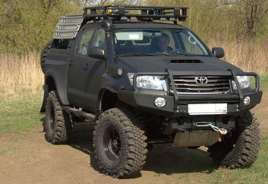 Передний силовой бампер для Тойота Хайлюкс Рево