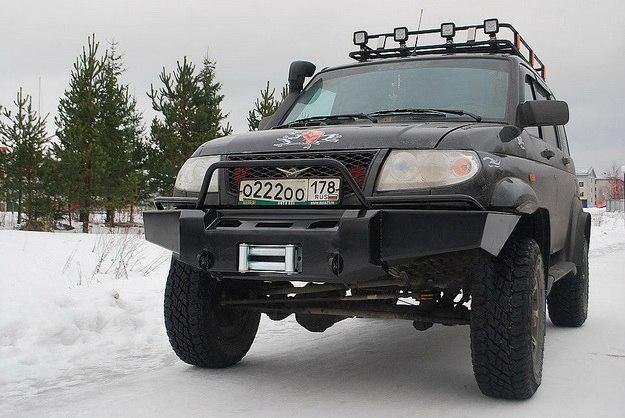 Передний силовой обвес для УАЗ Патриот.
