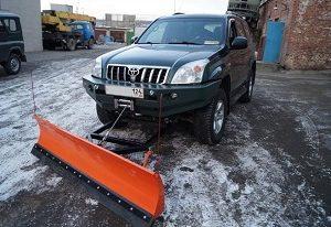 Отвал для уборки снега на внедорожник
