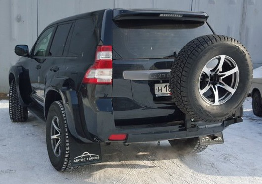Калитка запасного колеса в штатный бампер Toyota Land Cruiser 150